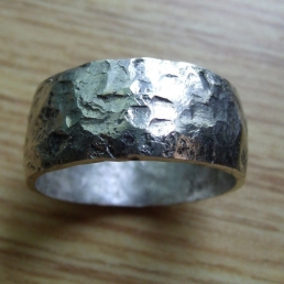 hammered-silver-ring-jewelry
