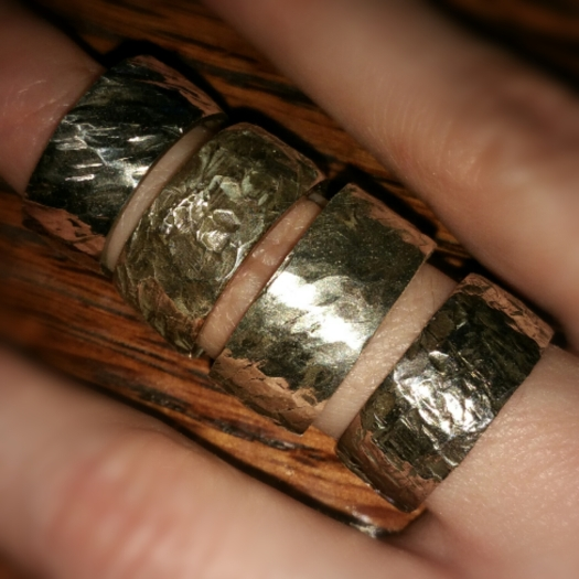 jewelry-hammered-silver-ring