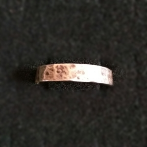 hammered-silver-ring-thin