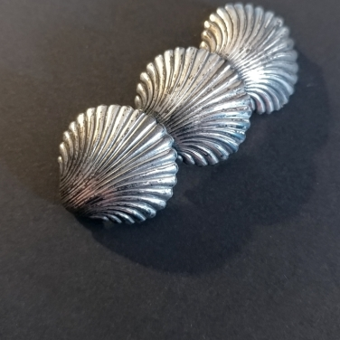 vintage-seashells-silver-brooch