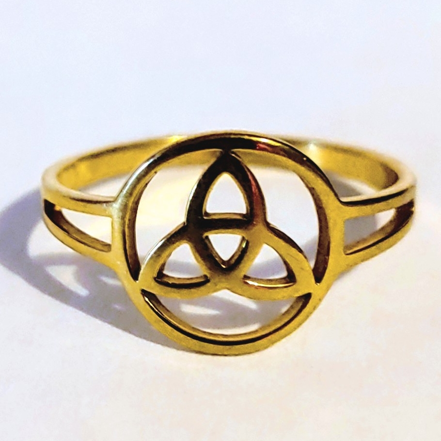 Gold Plated Ring Celtic Triquetra and Circle