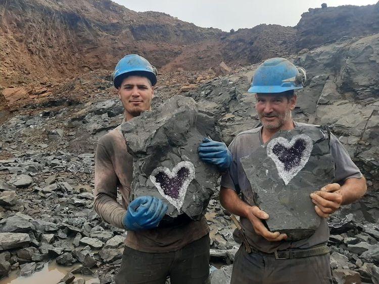 heart-geode, amethyst-geode, Uruguay-miners